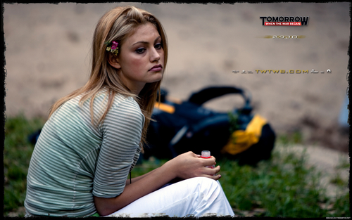 Phoebe Tonkin TWTWB