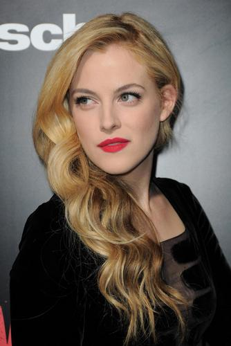 riley keough fondo de pantalla entitled Riley