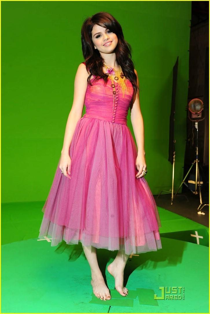 Selena naturally video pics selena gomez photo 14879214 fanpop - Selena gomez naturel ...