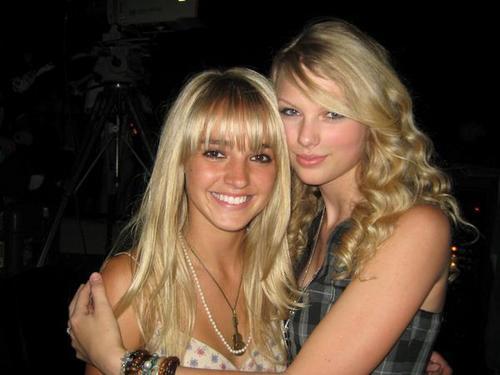 Taylor & mga kaibigan