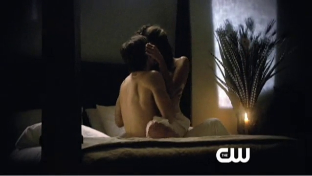 vampire diaries season 2 poster. The Vampire Diaries Season 2