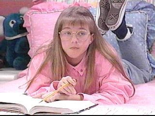 Wearing glasses - stephanie-tanner Photo