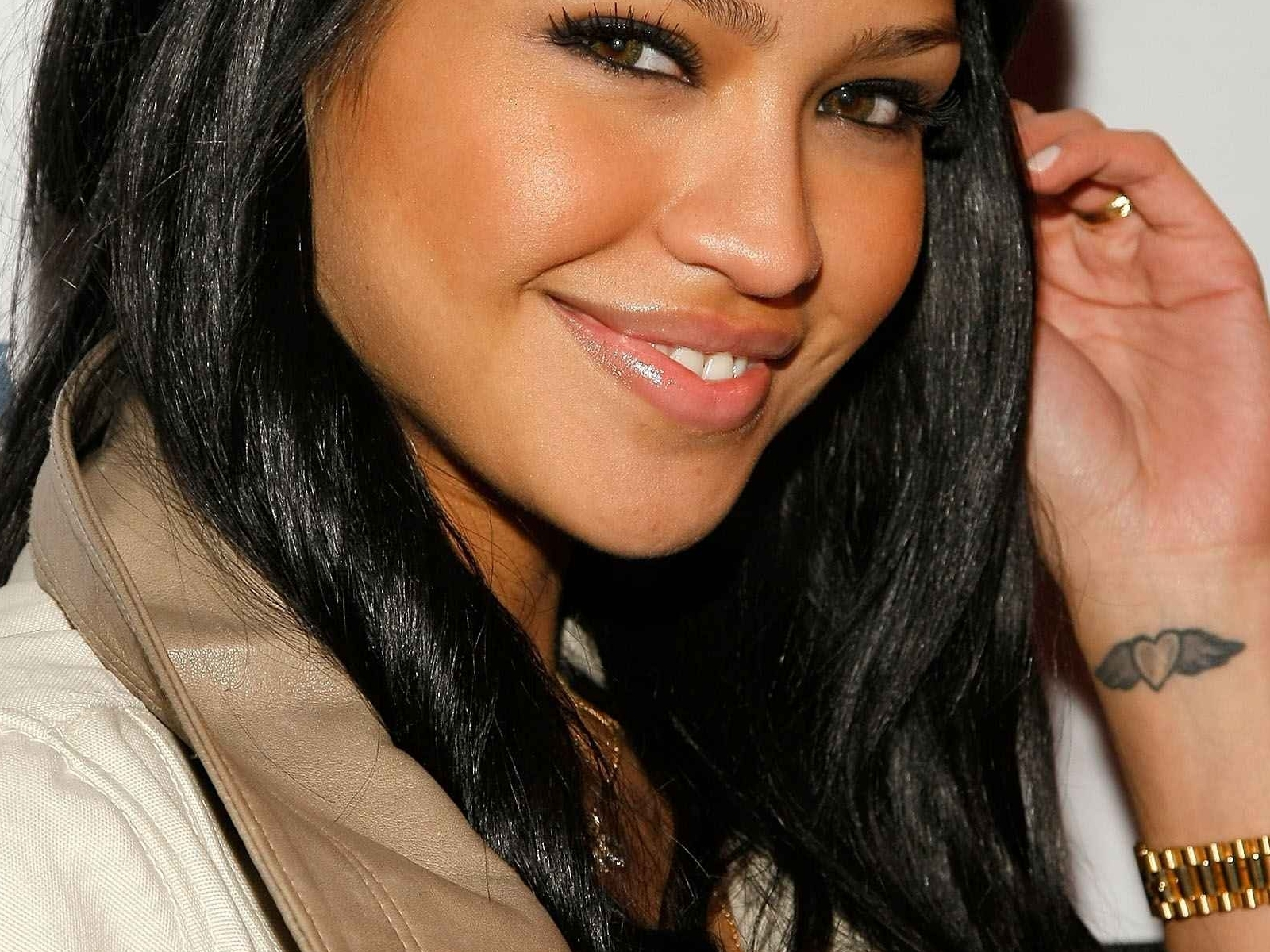 cassie wallpapers photos images - photo #8