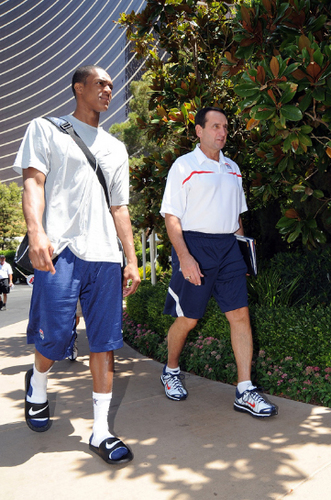 Rajon Rondo kertas dinding entitled coach K and RR