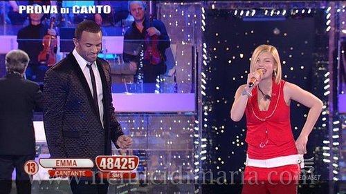 craig sings with Emma Marrone (italy)