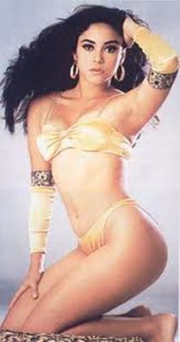शकीरा (17) tanga in 1994