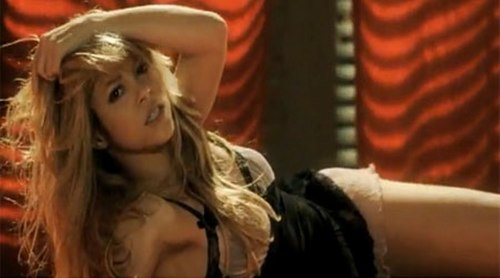Shakira wallpaper entitled shakira breast