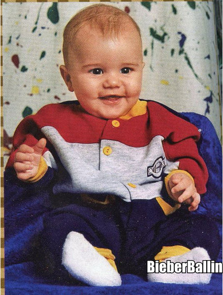 baby pictures of justin bieber. AWWWW BABY JUSTIN!!!! lt;3333