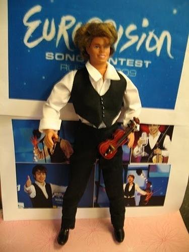 Alex's dolls!Do आप think looks like?