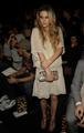 Anna Sui Fashion mostrar