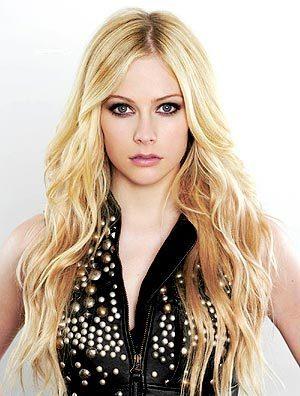Avril - blonde