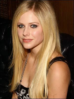 Avril - blonde - avril-lavigne Photo