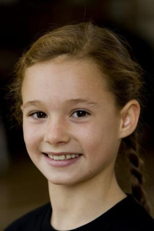 Ellie Darvey-Alden aka Young Lily Evans in Deathly Hallows