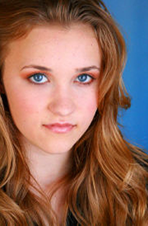 Emily emily osment photo 14933237 fanpop