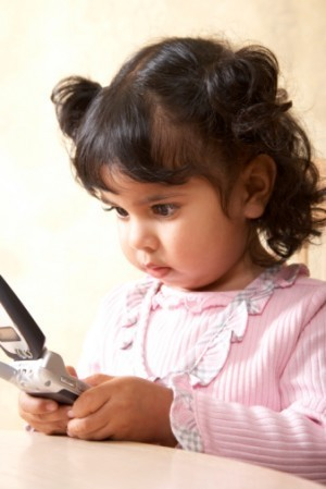 """Even Baby Girls Can""""t Resite Texting"""
