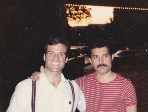 Freddie and peminat
