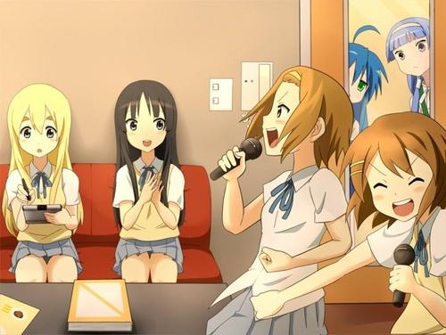 Karaoke Invaders