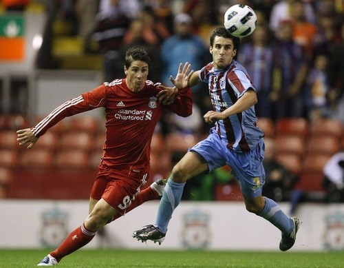 Fernando Torres वॉलपेपर called Liverpool vsTrabzonspor