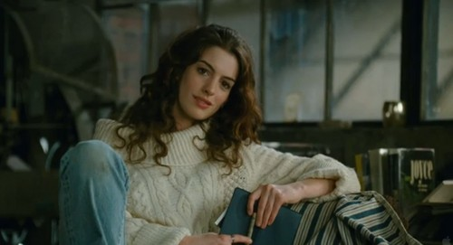 Anne Hathaway images Love and Other Drugs wallpaper and ...