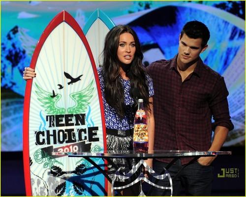 Megan renard & Taylor Lautner - 2010 Teen Choice Awards