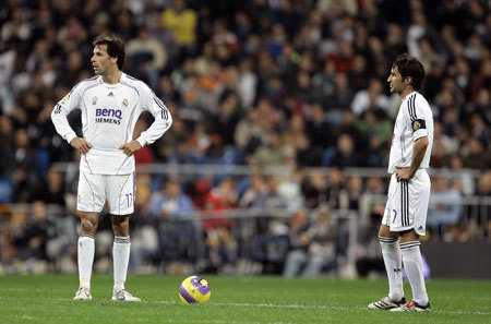 Raúl & Ruud transporter, van Nistelrooy