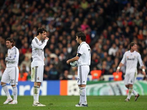 Raúl & Ruud mobil van, van Nistelrooy