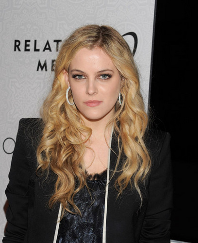 riley keough fondo de pantalla titled Riley