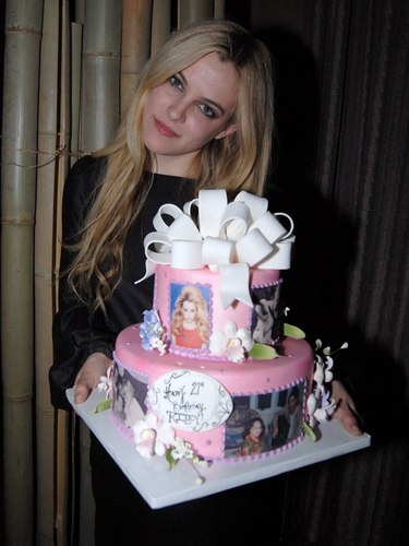 riley keough wallpaper called Riley's 21st birthday