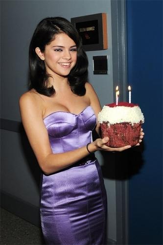 Selena's bday cake