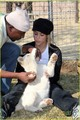 Shakira Gives Lions Share Of Love - shakira photo