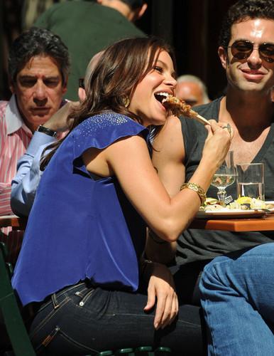 Sofia Vergara at Bar Piti