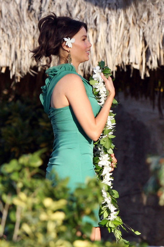 Sofia Vergara in Hawaii