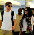 Zac & Vanessa @ LAX - zac-efron photo