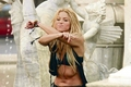 shakira fountain - shakira photo