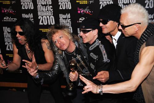worl संगीत awards 2010