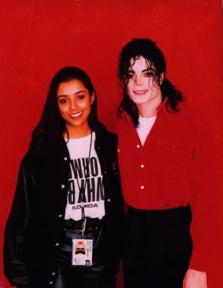:Michael Jackson: