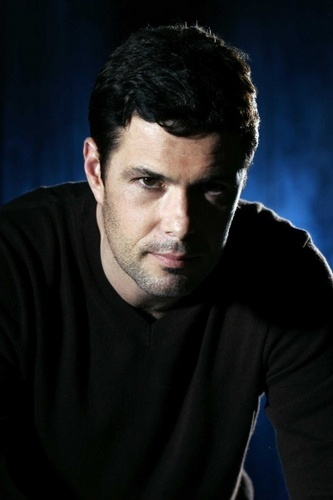 24 fondo de pantalla called Carlos Bernard as Tony Almeida