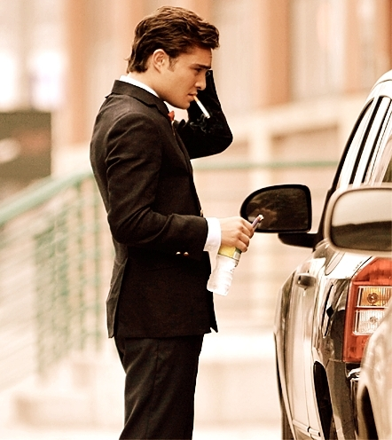Chuck Bass smoking hot - gossip-girl Fan Art