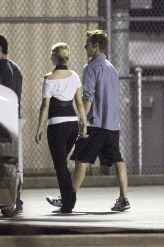 Dianna on set {With her new BF?!}