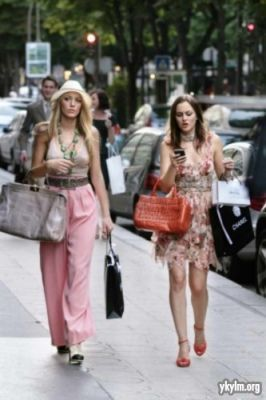 Gossip Girl 4x01 Belles de Jour Episode Stills - serena-and-blair photo