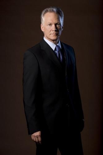 James Morrison as Bill Buchanan