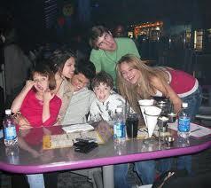 Joey Selena and Taylor!!