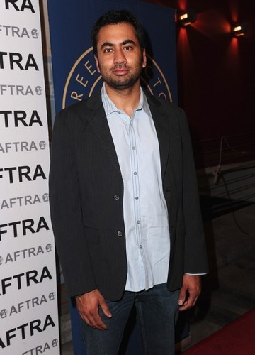 Kal Penn @ the 8th Annual Ivy Bethune Tri-Union Diversity Awards