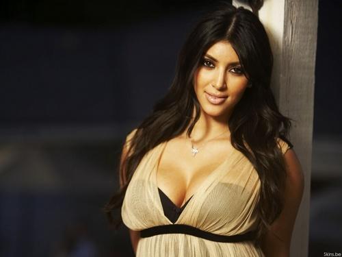 Kim Kardashian wallpaper titled Kim Kardashian