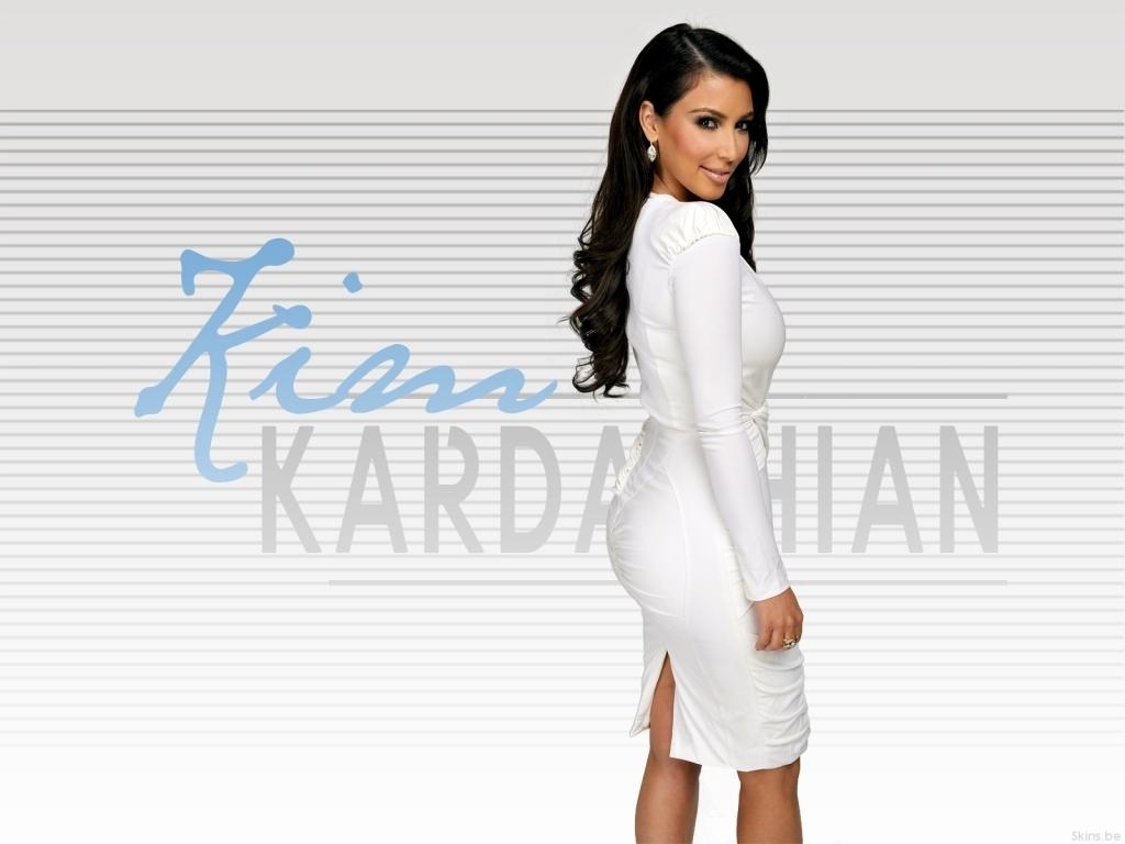 http://images4.fanpop.com/image/photos/15000000/Kim-Kardashian-kim-kardashian-15045269-1024-768.jpg