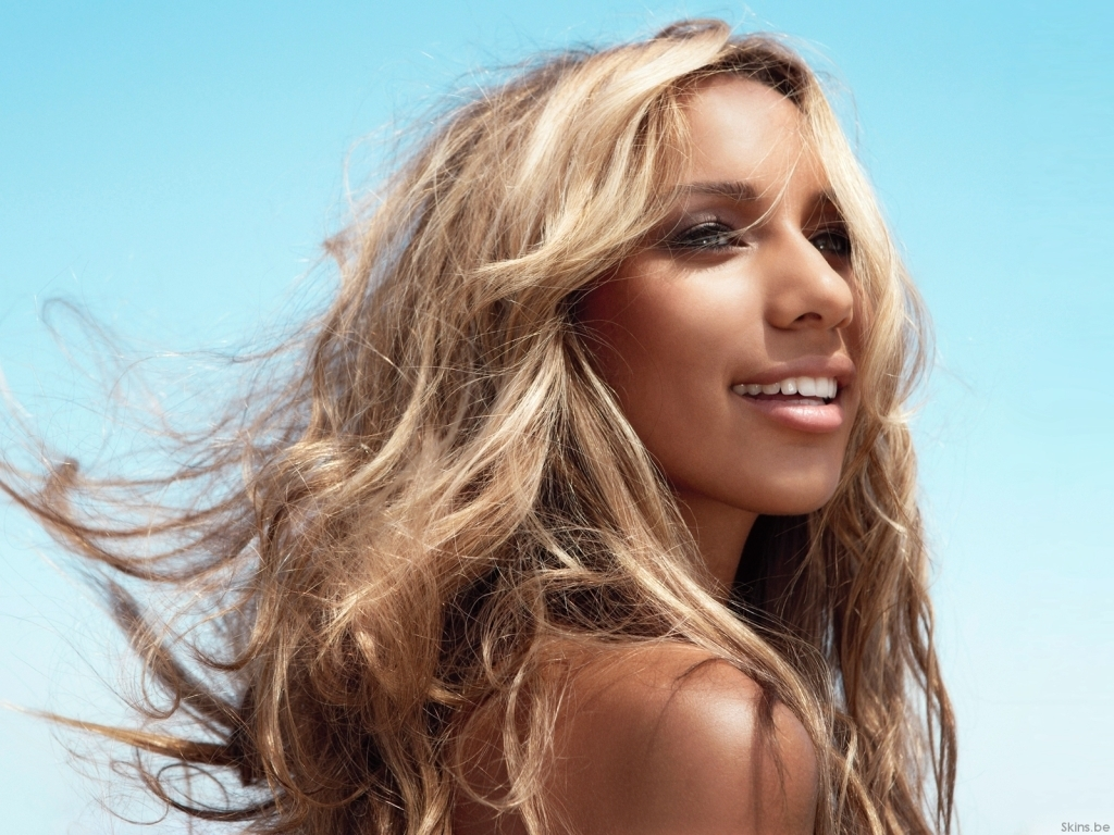 Leona Lewis - Wallpaper Hot