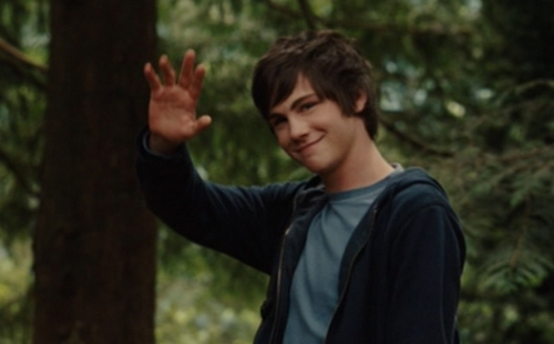 Logan :) - logan-lerman Photo
