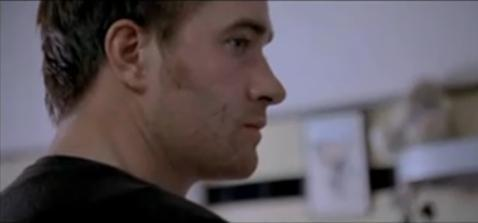 Matthew Macfadyen in In my father's मांद, डेन