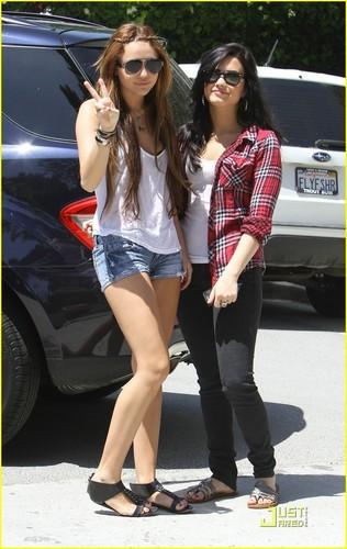 Miley Cyrus and Demi Lavato