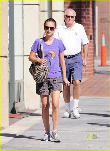 Natalie Portman: Judi's Deli Delicious